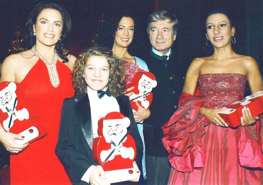 LUCIA ALIBERTI with CHRISTINE NEUBAUER,the actress BARBARA WUSSON and actor CHRISTIAN WOLFF during a _Charity Gala _,Munich copia 2