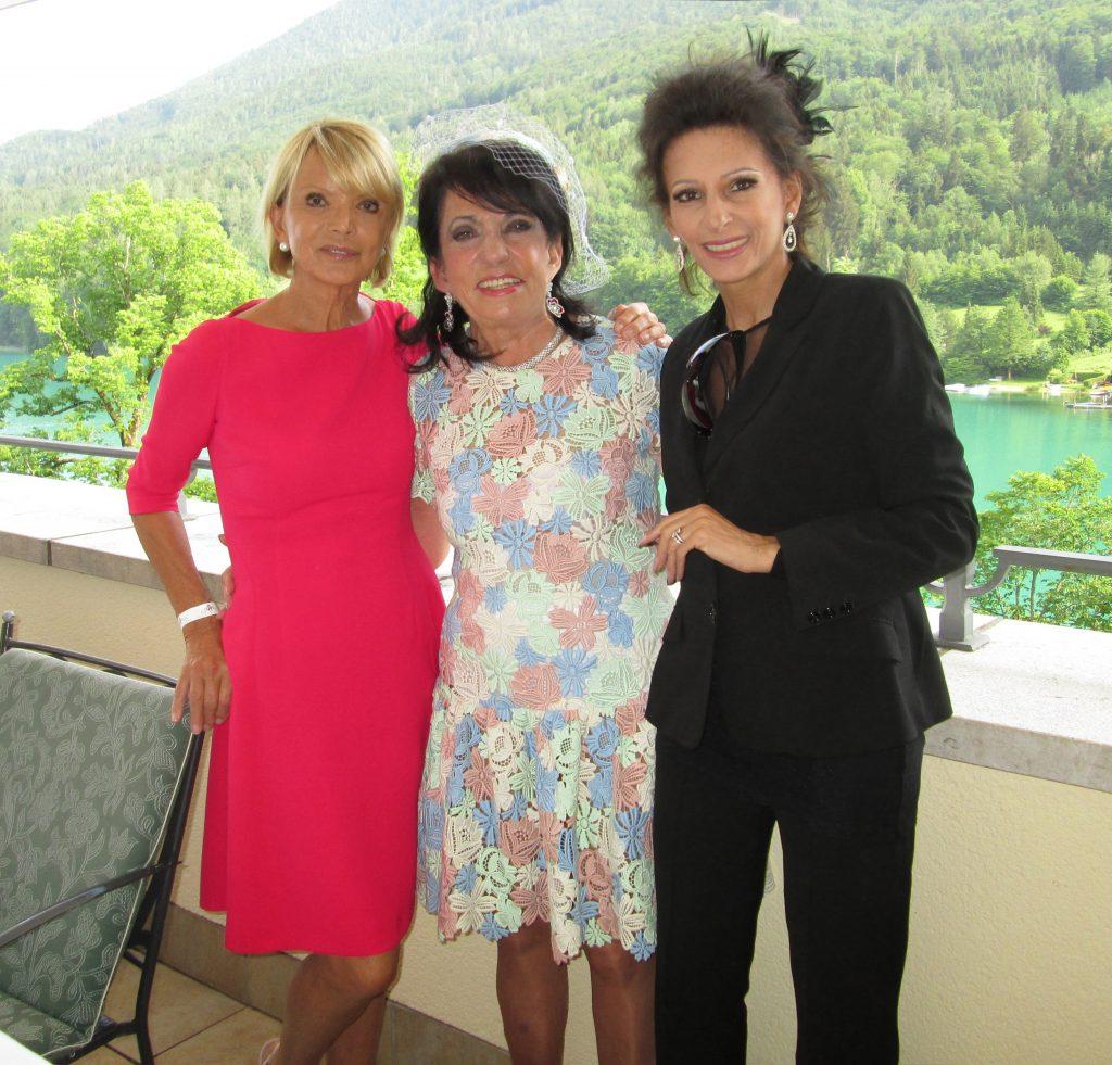 LUCIA ALIBERTI con l'attrice USCHI GLAS e REGINE SIXT dopo un Galà