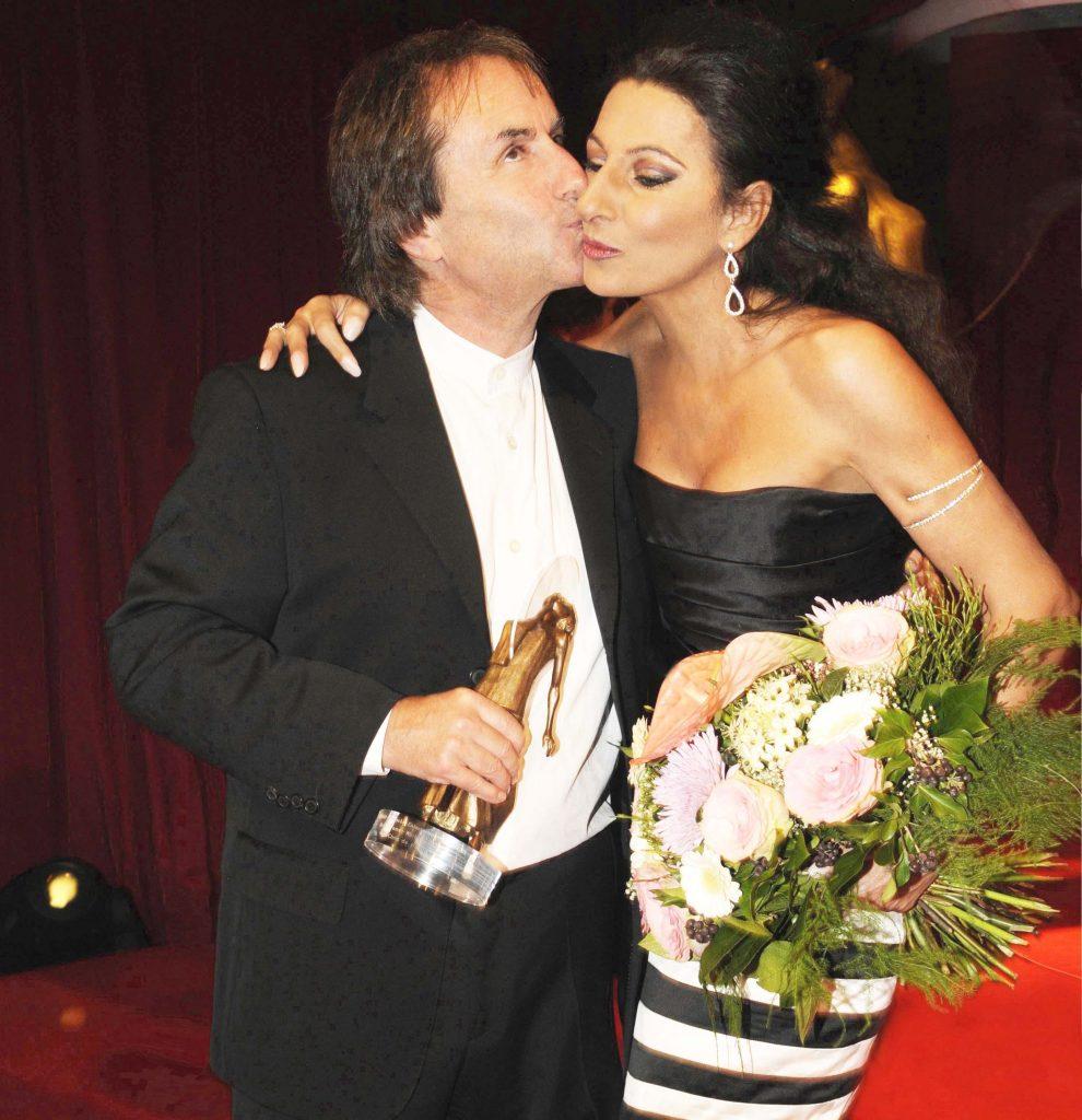 LUCIA ALIBERTI col cantante e musicista irlandese CHRIS de BURGH,durante il Galà _DIVA AWARD_ a Monaco