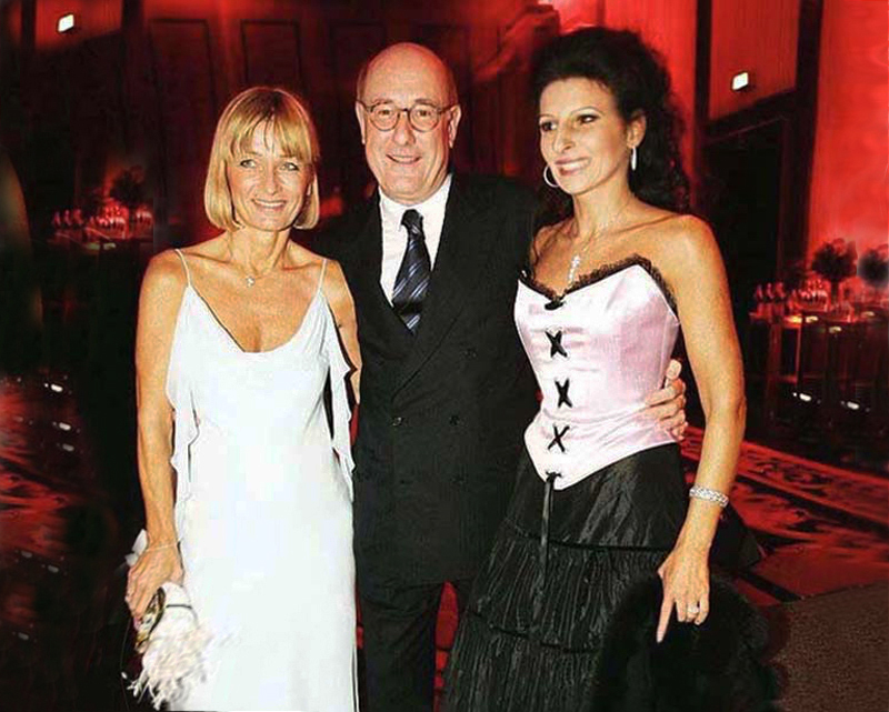 Lucia Aliberti with the Managing Director Dr. Wolfgang Schremp and his wife⚘International Mercedes Gala⚘Special Gala Concert⚘Ritz-Carlton Hotel⚘Berlin⚘