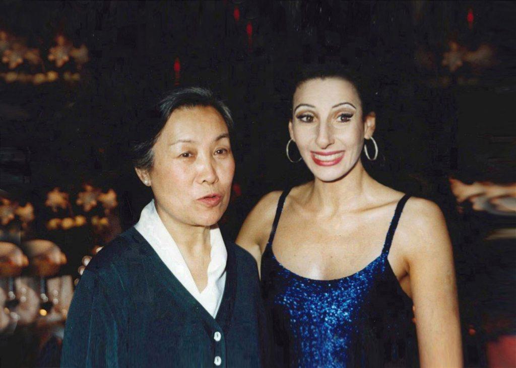 Lucia Aliberti⚘with Jetsun Pema⚘younger Dalai Lama's sister⚘Charity Special Gala⚘ copia